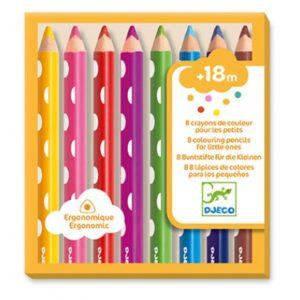 8 crayons de couleurs